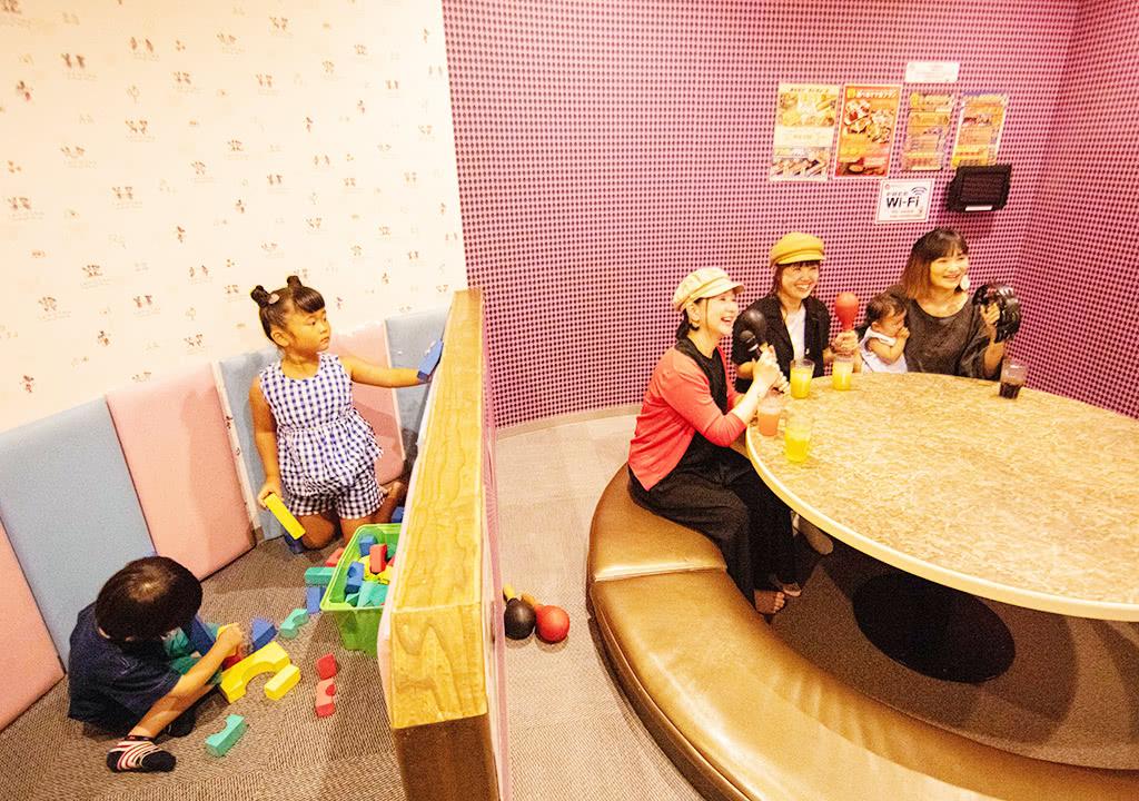 写真:キッズルーム付カラオケルーム5
