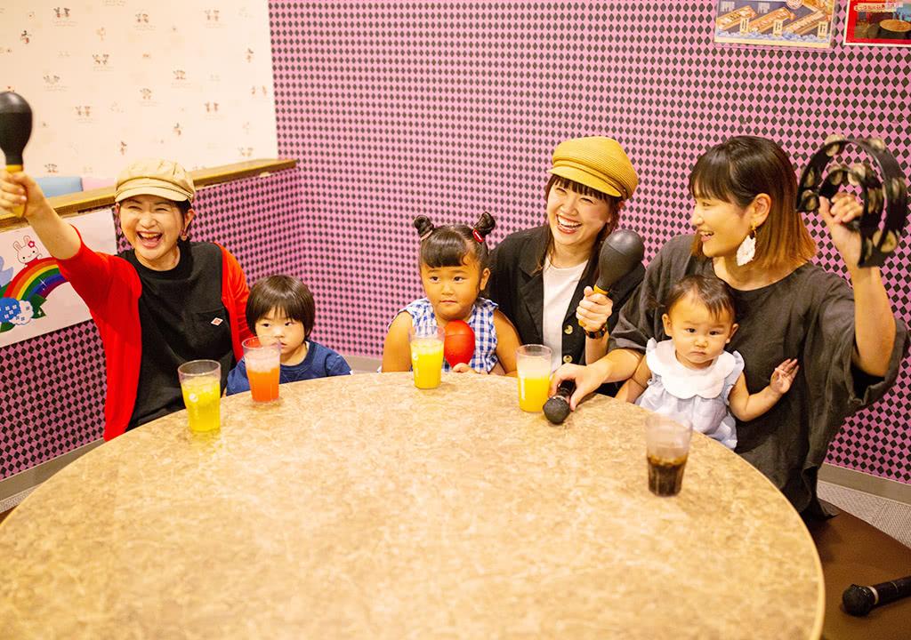 写真:キッズルーム付カラオケルーム6